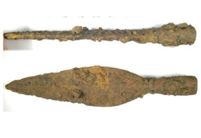 Medieval iron arrowhead probably dating from the 12th-15th century.